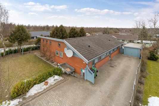 Villa på Trige Møllevej i Trige - Ejendommen