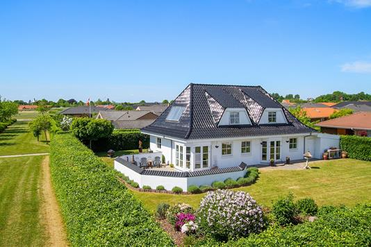 Villa på Østermarksvej i Tilst - Ejendommen