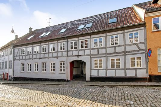 Ejerlejlighed på Von Hattenstræde i Randers C - Ejendommen