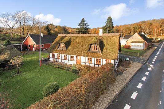 Villa på Vester Vellingvej i Randers NV - Ejendommen