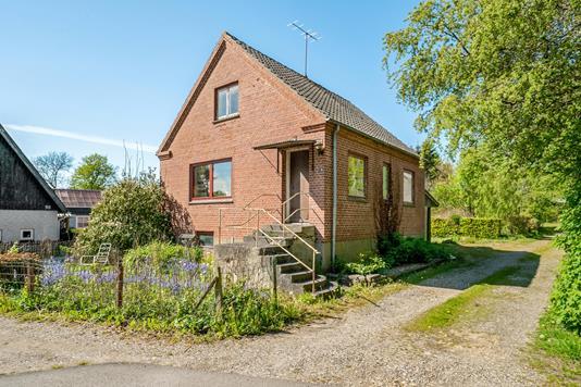 Villa på Tinghøjvej i Havndal - Ejendommen