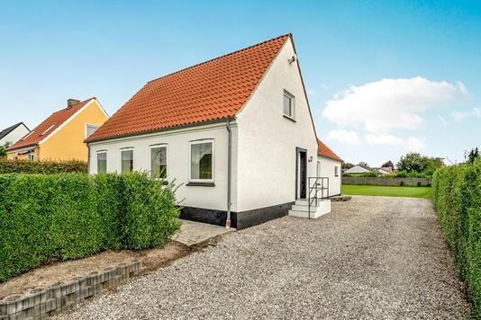 Villa på Dyrbyvej i Spentrup - Ejendommen
