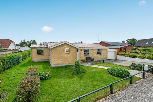 Villa på Gl. Landevej i Randers SV - Ejendommen