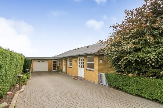 Villa på Ka Fiilsvej i Spentrup - Ejendommen