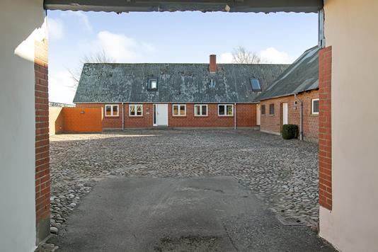 Villa på Lindegårdsvej i Spentrup - Ejendommen