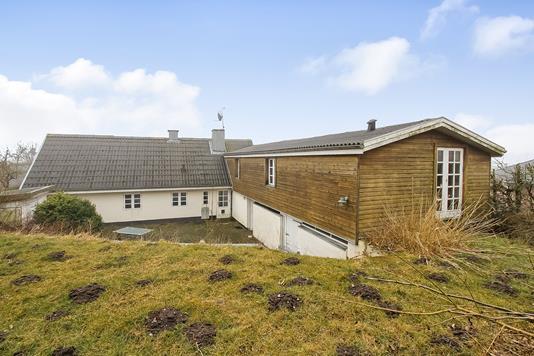 Villa på Østrupvej i Randers NØ - Ejendommen
