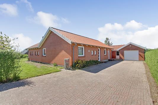 Villa på Alsagervej i Gjerlev J - Ejendommen