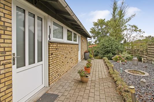 Villa på Lervangen i Gjerlev J - Ejendommen