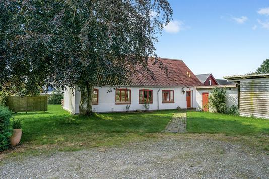 Villa på Hald Møllevej i Gjerlev J - Ejendommen
