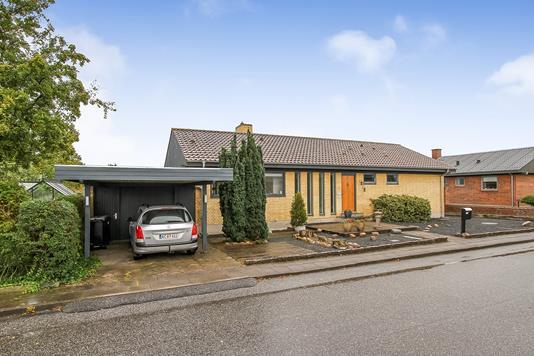 Villa på Hans Grams Vej i Randers NV - Ejendommen