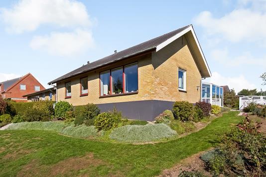 Villa på Rosenvej i Gjerlev J - Ejendommen