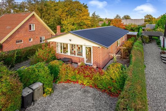 Villa på Åvej i Randers SV - Ejendommen