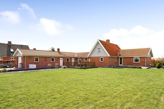 Villa på Ulstrupvej i Ulstrup - Ejendommen