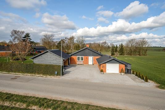Villa på Tingetvej i Randers NØ - Ejendommen