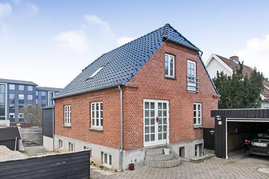 Villa på Grønbakken i Randers SØ - Ejendommen