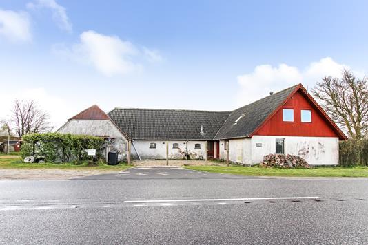 Villa på Hadsundvej i Spentrup - Ejendommen
