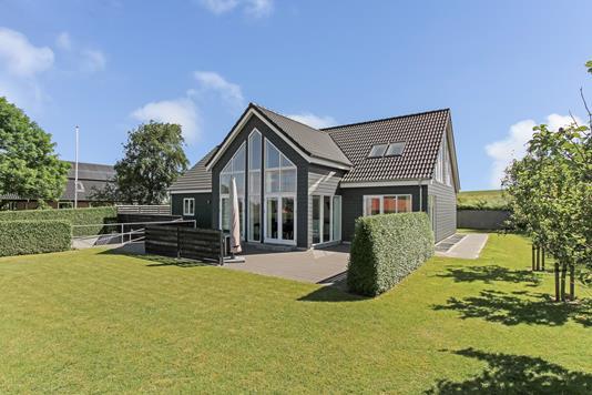 Villa på Kondrups Vænge i Gjerlev J - Ejendommen