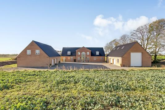 Villa på Helsted Husevej i Randers NV - Ejendommen