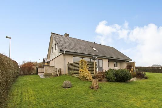 Villa på Brunhøjvej i Thorsø - Ejendommen