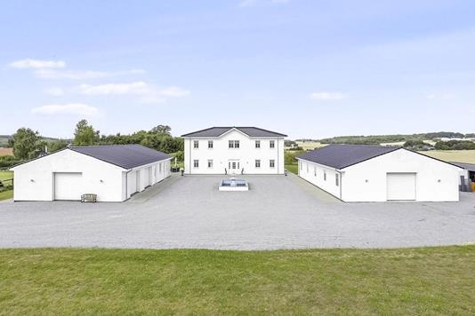 Landejendom på Podøjvej i Ulstrup - Andet