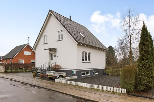 Villa på Nyvangsvej i Bjerringbro - Ejendommen