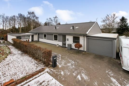 Villa på Brorsonsvej i Bjerringbro - Ejendommen