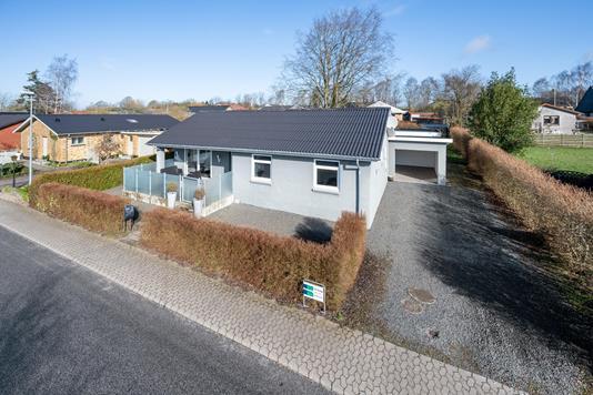 Villa på Odinsvej i Thorsø - Ejendommen