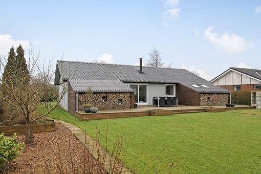 Villa på Gudenåparken i Ulstrup - Ejendommen