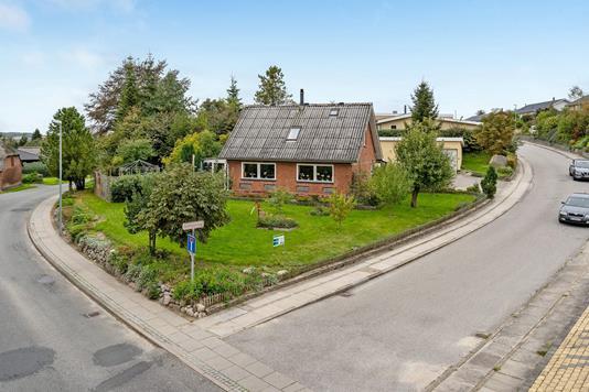 Villa på Lundagervej i Langå - Ejendommen