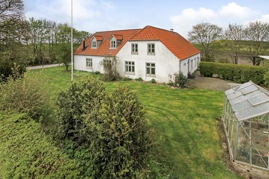 Villa på Slugten i Ulstrup - Ejendommen
