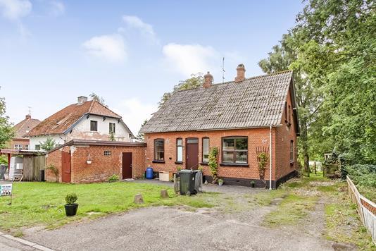 Villa på Alleen i Ulstrup - Ejendommen