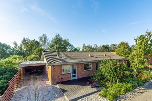 Villa på Tyttebærvej i Bjerringbro - Ejendommen