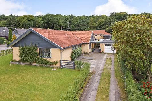 Villa på Nøddekrattet i Bjerringbro - Ejendommen