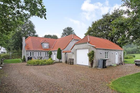 Villa på Mads Møllersvej i Ulstrup - Ejendommen