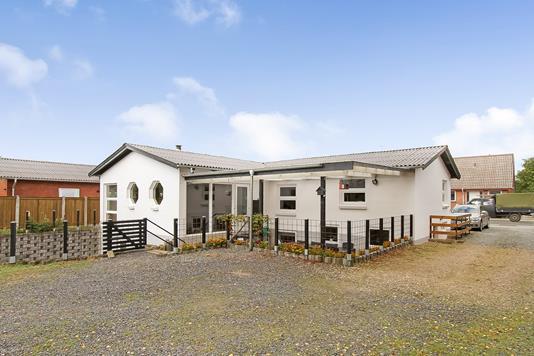 Villa på Vestergade i Bjerringbro - Ejendommen