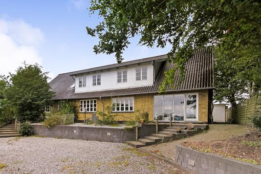 Villa på Ansvej i Rødkærsbro - Ejendommen
