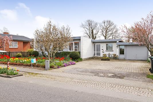 Villa på Vestergårdsvej i Bjerringbro - Ejendommen