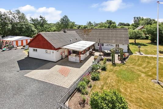 Villa på Granslevbyvej i Langå - Ejendommen