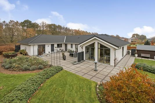 Villa på Engvejen i Bjerringbro - Ejendommen