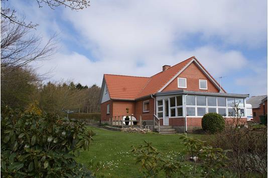 Landejendom på Følhøjvej i Thyholm - Ejendommen