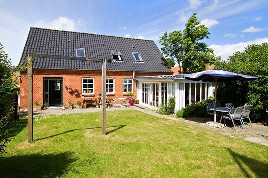 Villa på Kirkevej i Hurup Thy - Set fra haven