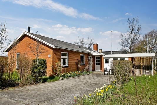 Villa på Lunavej i Thyholm - Ejendommen
