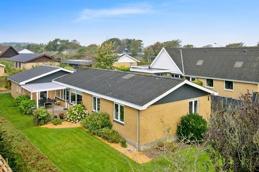 Villa på Lærkevej i Hurup Thy - Set fra haven
