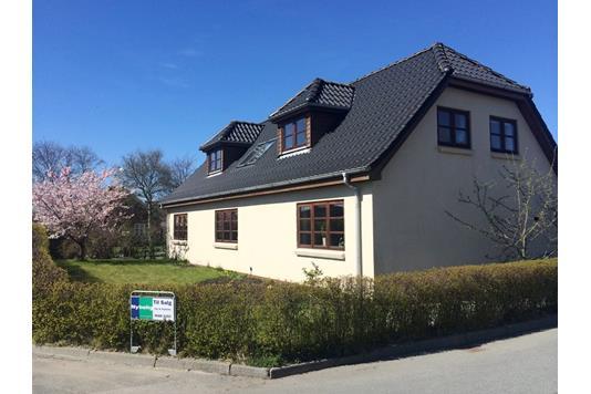 Villa på Borgergade i Snedsted - Ejendommen