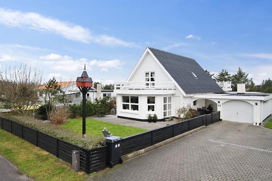 Villa på Gravesensvej i Thisted - Set fra vejen
