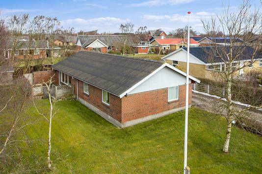 Villa på Lavendelvej i Snedsted - Set fra haven