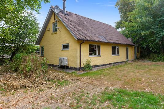 Villa på Kirkebakken i Bedsted Thy - Set fra haven