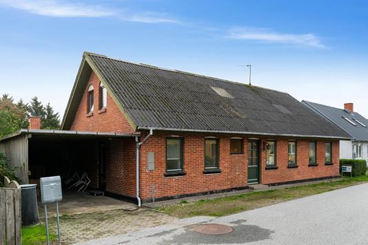 Villa på Svankærvej i Bedsted Thy - Set fra vejen