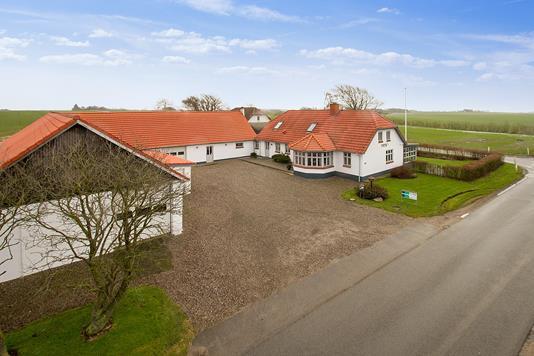 Villa på Gl. Feggesundvej i Vesløs - Ejendommen