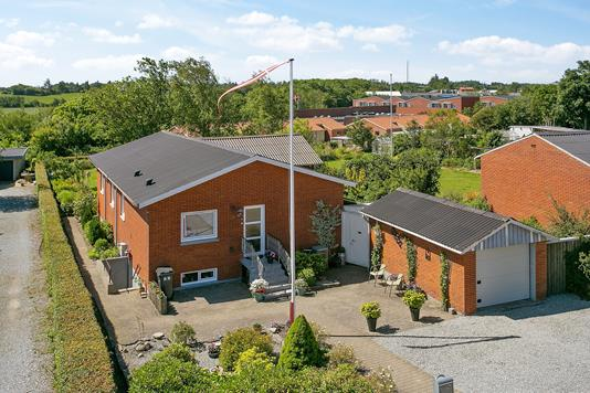 Villa på Limfjordsgade i Snedsted - Ejendommen